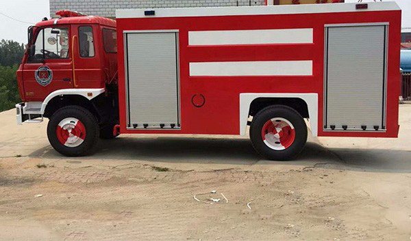 东风145消防车